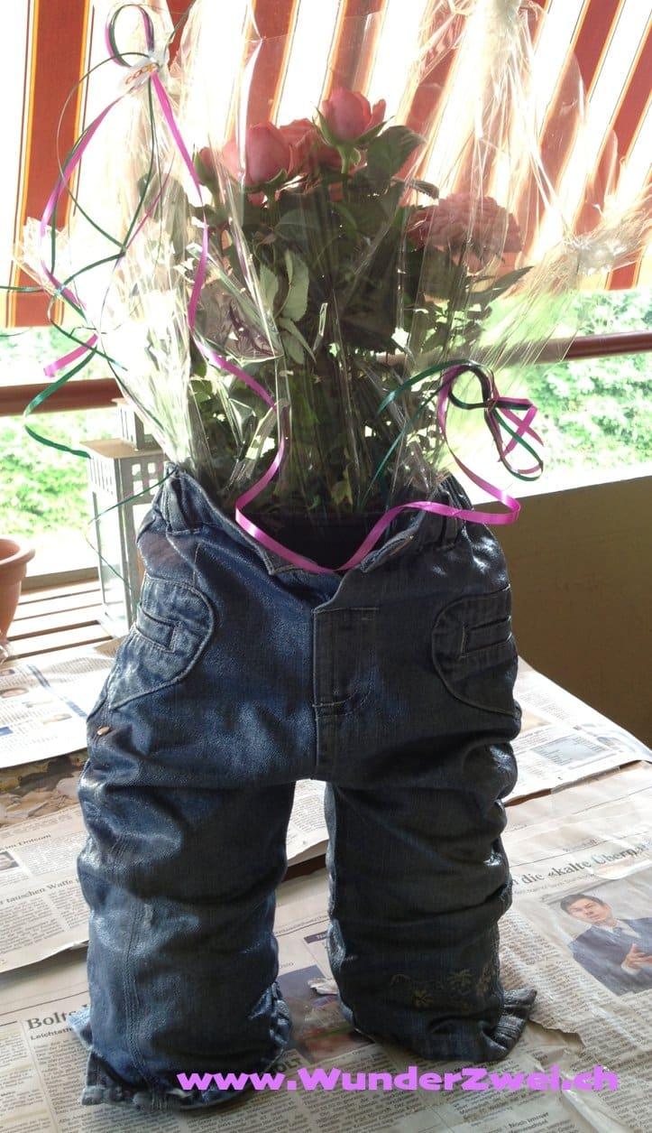 Basteln – Kleidererinnerungen als Blumentopf